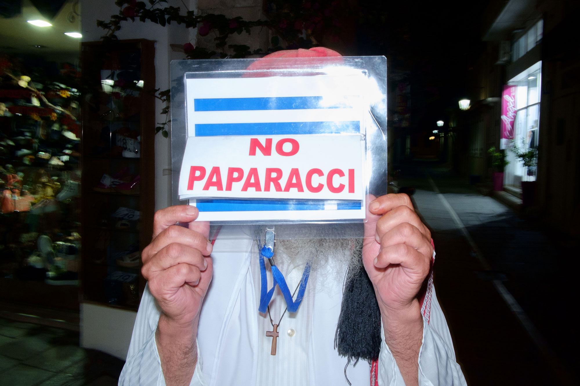 Rethymno---No-Paparacci