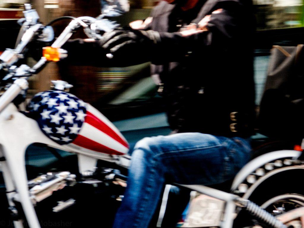 Harley_Davidson_Johnny_Mobasher_street_photography